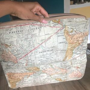 World Map Large Clutch